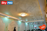 Глянцевый потолок в кафе натяжные потолки отзывы